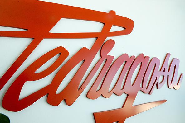 En 1982 nace Embutidos Pedragosa, una pequeña tienda en Caldes de Montbui debido al éxito de sus productos